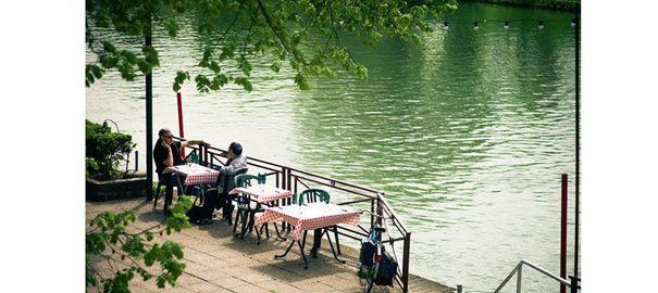 Terrasse jardin paris restaurant for Jardin singulier 2015