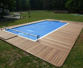 terrasse bois autour d une piscine 1