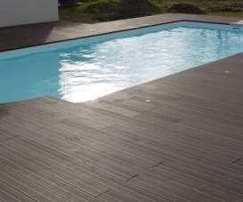 terrasse bois piscine vaucluse 1