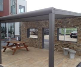 terrasse couverte bioclimatique 1