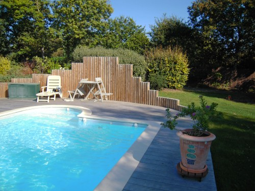 Terrasse autour piscine for Amenagement autour piscine