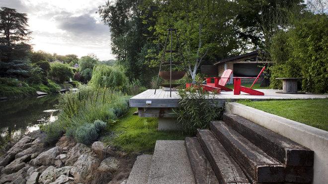 Terrasse avec jardin en pente for Idee terrassement