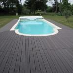 terrasse bois composite pour piscine 4