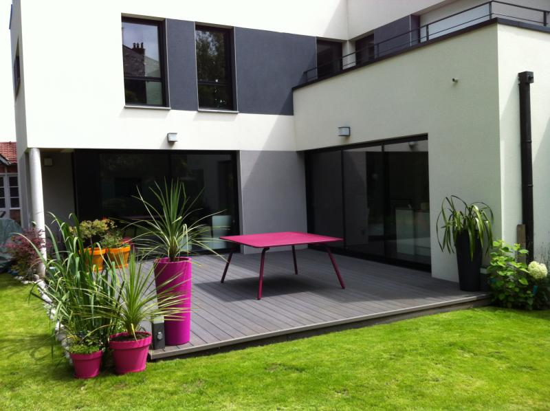 Terrasse composite noir - Terrasse en composite gris ...