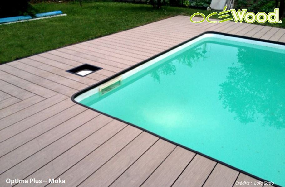 Terrasse de piscine en bois composite ~ Terrasse De Piscine En Bois