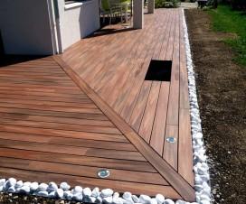 terrasse bois composite et galets 1