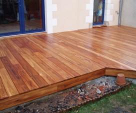 terrasse bois piscine octogonale. Black Bedroom Furniture Sets. Home Design Ideas