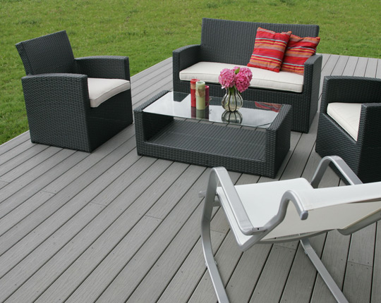 terrasse composite resine. Black Bedroom Furniture Sets. Home Design Ideas