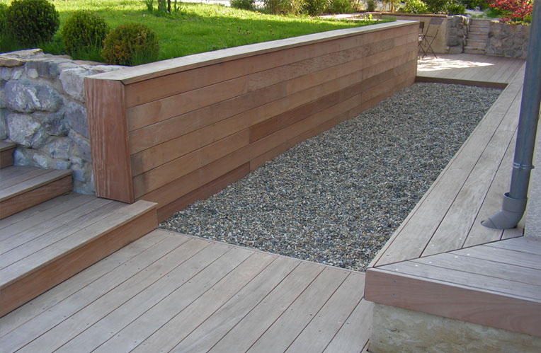 Terrasse bois wavre for Petite terrasse en bois