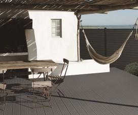 terrasse composite chaud au soleil