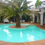 terrasse autour de la piscine 3