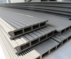 Terrasse composite sur pilotis - Lame de bois composite pour terrasse ...