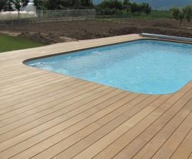 terrasse autour d une piscine en bois 1
