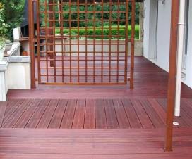 terrasse bois rouge 1