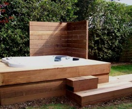 terrasse bois jacuzzi 1