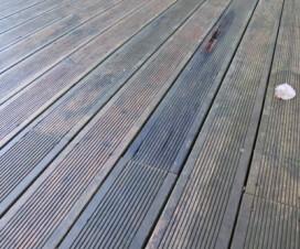 terrasse bois glissante solution 1