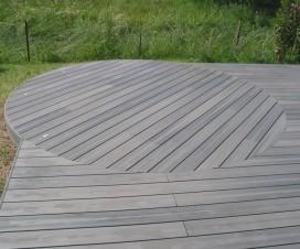 terrasse bois composite gris 1