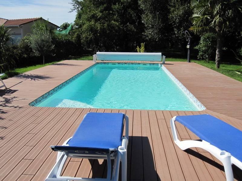 terrasse composite piscine 2