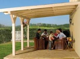 terrasse-couverte-bois-en-kit-1